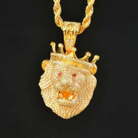 Roaring Lion Pendant in Gold