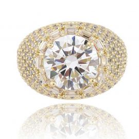 Round Cut and Mirco Pave Ring in 18K Gold