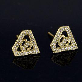 Diamond Shape S Stud Earrings in Gold