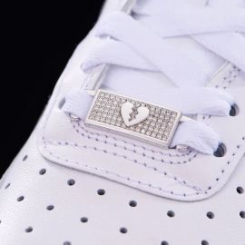 Iced Broken Heart Lace Lock in White Gold-Pair