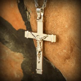 Jesus Crucifix Cross Pendant in White Gold