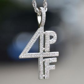 Iced 4PF Pendant in White Gold