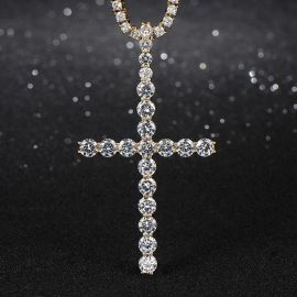 "3"" Diamond Cross Pendant in Gold"