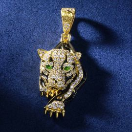 The Walking Leopard Pendant with 24