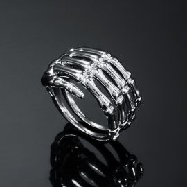 The Skeleton Hand Ring in White Gold