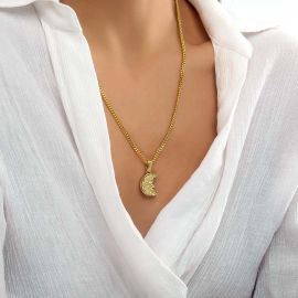 Women's ST. Christopher Pendant in Gold