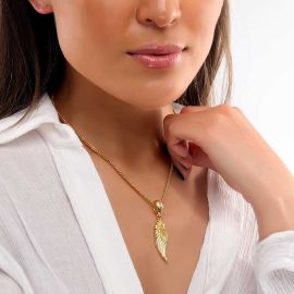 Women's Medium Angel Wing Pendant in Gold
