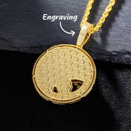 The Roaring Leopard Round Pendant in Gold