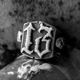 Vintage 13 Stainless Steel Skull Ring