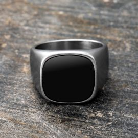 Onyx Silvery Classical Men's Stainless Steel Ring