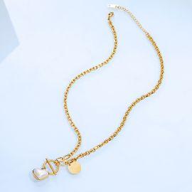 Women's Pearl Heart Necklace