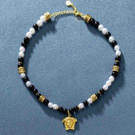 Banshee Black Pearl Necklace in Gold