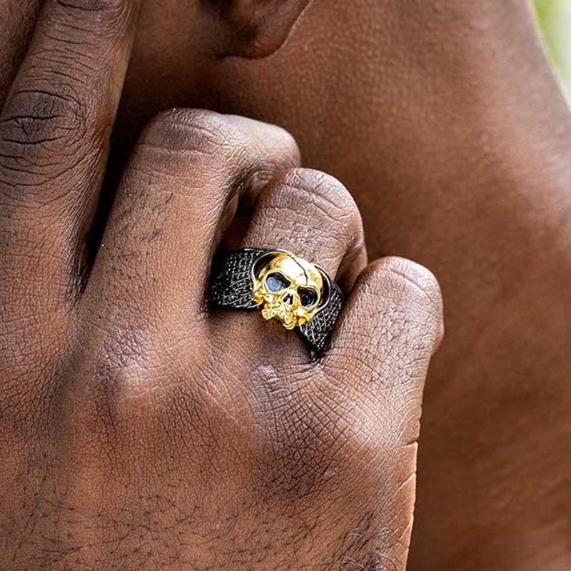 Skull Wings Ring in Black Gold