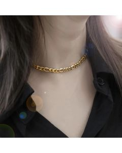 Women's 5mm Figaro Necklace in Gold